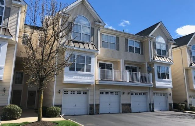 96 MOUNTAINSIDE DR - 96 Mountainside Dr, Pompton Lakes, NJ 07442