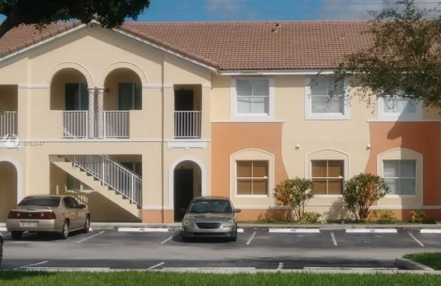 1658 SE 28th Ct - 1658 Southeast 28th Court, Homestead, FL 33035