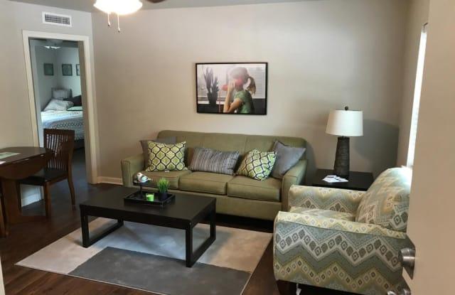 Plaza 36 Apartments - 902 Emanuel Cleaver II Blvd, Kansas City, MO 64110