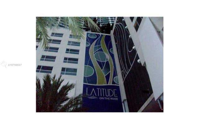185 SW 7 ST - 185 Southwest 7th Street, Miami, FL 33130