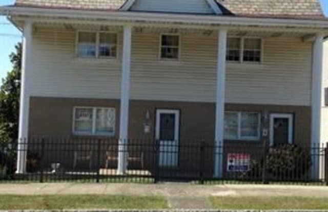 275 Gallatin Avenue - 275 North Gallatin Avenue, Uniontown, PA 15401