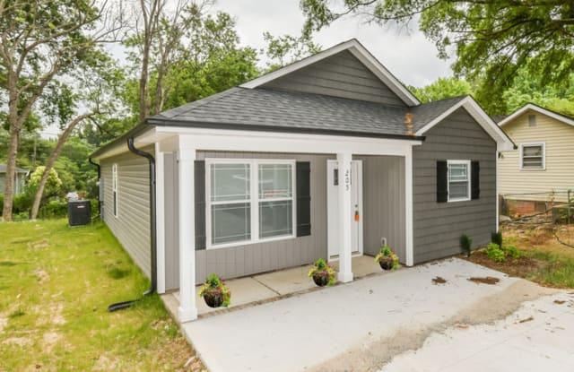 205 Wood Avenue - 205 Wood Avenue, Kannapolis, NC 28083