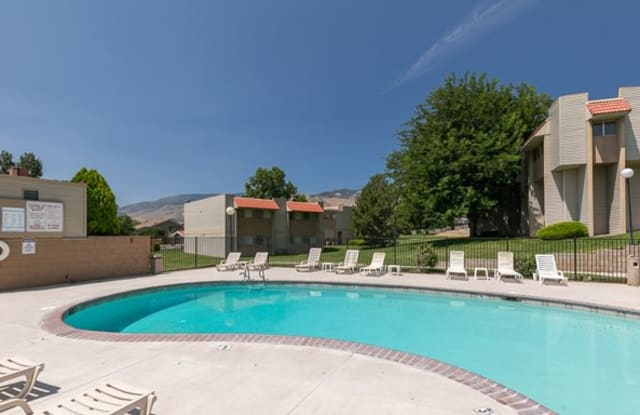 Shenandoah Villas - 101 Conestoga Dr, Carson City, NV 89706