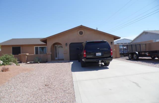 960 Pueblo Dr - 960 Pueblo Drive, Lake Havasu City, AZ 86406