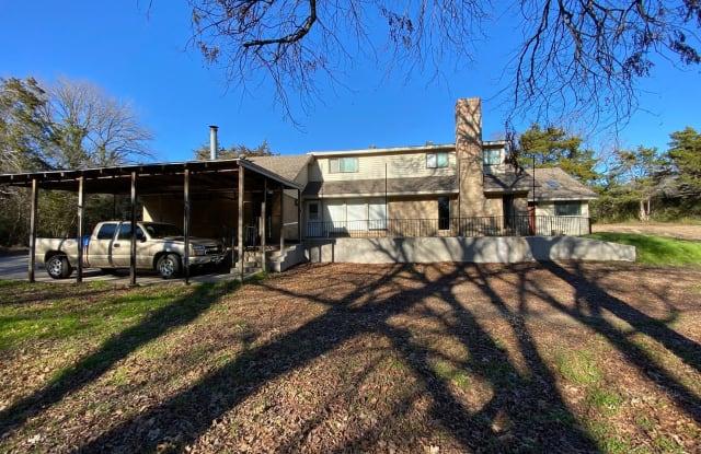 1814 W Pleasant Run - 1814 West Pleasant Run Road, DeSoto, TX 75115