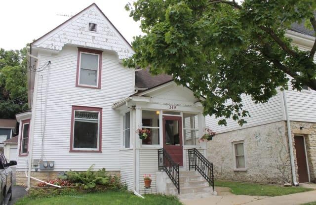 319 Indiana Street - 319 Indiana Street, St. Charles, IL 60174