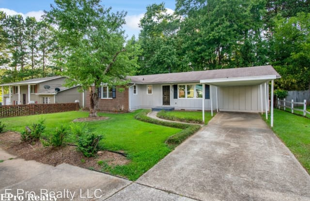 335 Tarragon Way SW - 335 Tarragon Way Southwest, Atlanta, GA 30331