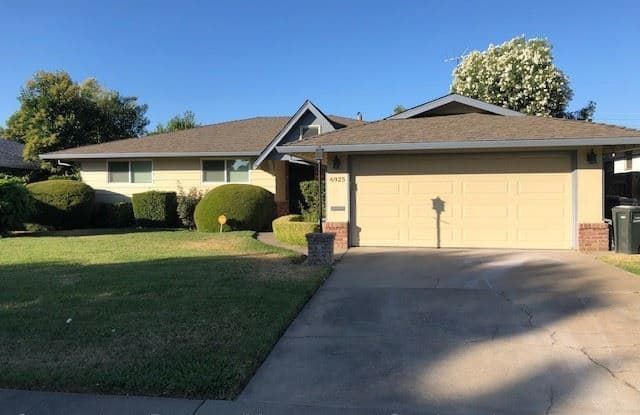 6925 Chevy Chase Way - 6925 Chevy Chase Way, Parkway, CA 95823