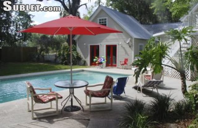 2940 Stearns Rd. - 2940 Stearns Road, Valrico, FL 33596