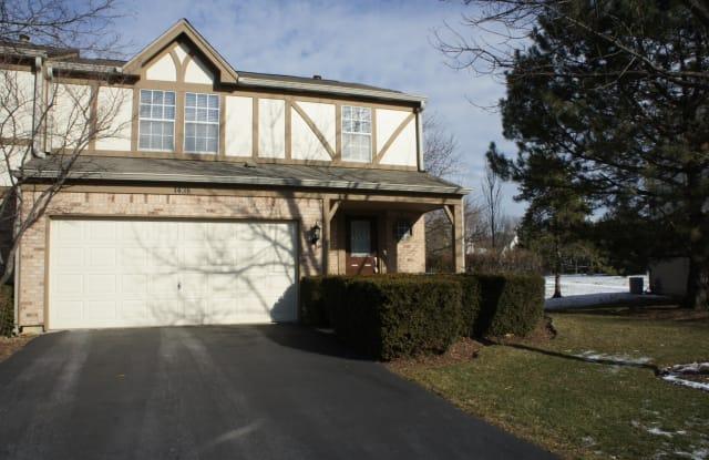 1438 West Sapphire Drive - 1438 West Sapphire Drive, Hoffman Estates, IL 60192