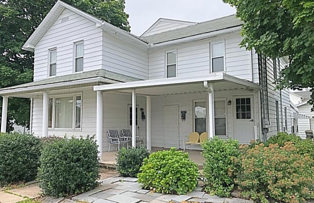 721 S Main St - 721 South Main Street, Old Forge, PA 18518