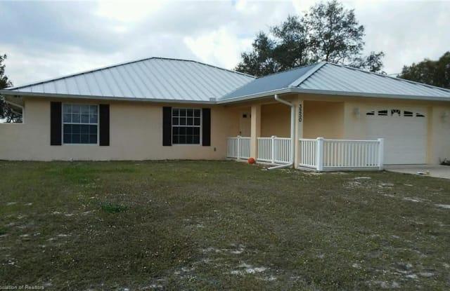3250 Popinjay Avenue - 3250 Popinjay Avenue, Highlands County, FL 33852