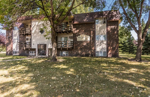 Roughrider Apartments - 2524 17th Ave S, Grand Forks, ND 58201