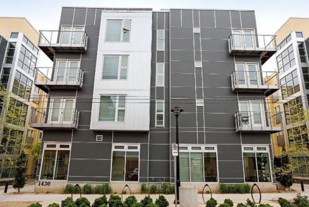 Freedom Center Apartments - 1430 NW Pettygrove St, Portland, OR 97209