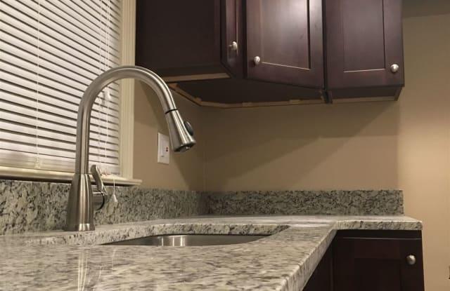 2174 Ridgemont Rd Grosse Pointe Woods Mi Apartments For