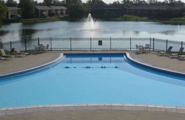 Lakeside Pointe at Nora - 9000 N College Ave, Indianapolis, IN 46240