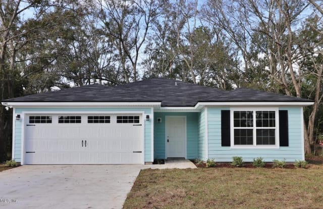 2562 RED ROBIN DR W - 2562 Red Robin Drive, Jacksonville, FL 32210