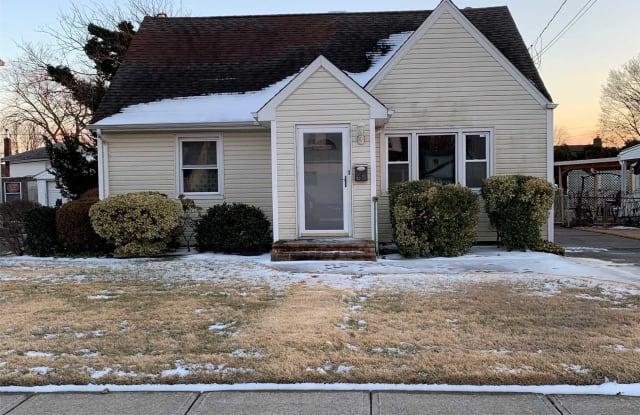 65 Nassau Ave - 65 Nassau Avenue, Plainview, NY 11803
