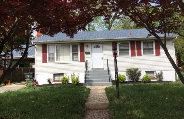 9110 49TH PLACE - 9110 49th Place, College Park, MD 20740