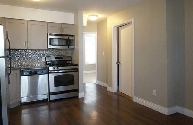 Flats on 29th - 455 29th St, Denver, CO 80205