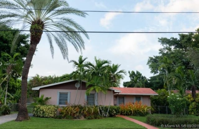 3755 Oak Ave - 3755 Oak Avenue, Miami, FL 33133
