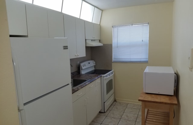 7350 Northwest 37th Street - 7350 Northwest 37th Street, Davie, FL 33024