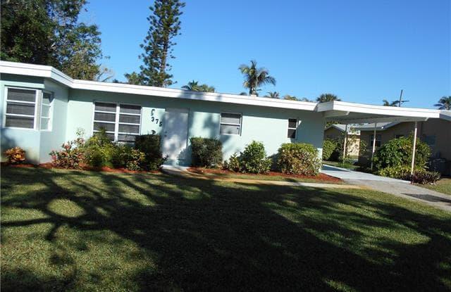 375 4th AVE N - 375 4th Avenue North, Naples, FL 34102