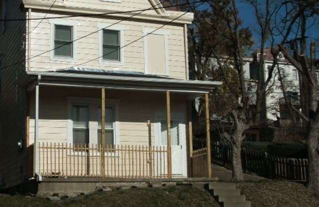 221 Alries St - 221 Alries Street, Pittsburgh, PA 15210