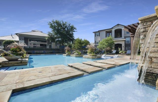 Villa Lago - 8201 Boat Club Rd, Fort Worth, TX 76179