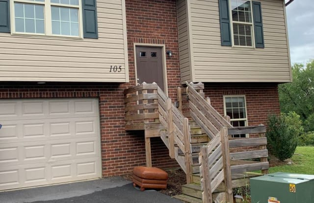 1720 Skyline Drive #105 - 1720 Skyline Dr, Johnson City, TN 37604