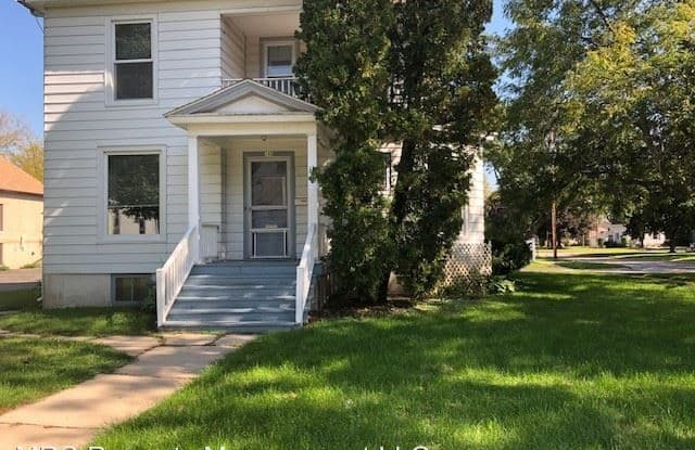 148 Edward Street - 148 Edward St, Burlington, WI 53105
