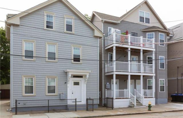 18 Spencer Street - 18 Spencer St, Providence, RI 02909