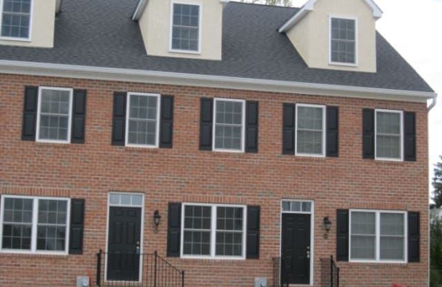 612 Crossing Court - 612 Crossing Ct, Kennett Square, PA 19348