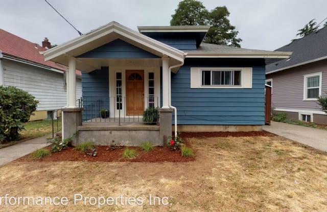 5417 SE Gladstone Street - 5417 Southeast Gladstone Street, Portland, OR 97206