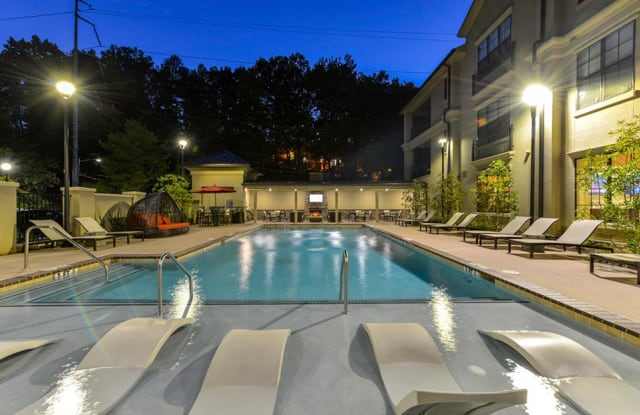 Residences at Chastain - 4011 Roswell Rd, Atlanta, GA 30342