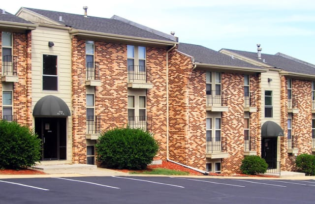 Bristol Square Apartments - 3110 N 97th St, Omaha, NE 68134