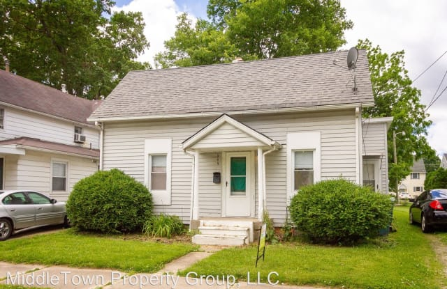 309 S McKinley Ave. - 309 South Mckinley Avenue, Muncie, IN 47303