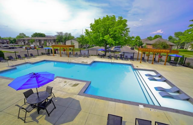 Westminster Apartments & Townhomes - 921 Parliament Pl, Greenwood, IN 46142
