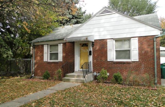 1705 Glenwood Avenue - 1705 Glenwood Avenue, Joliet, IL 60435