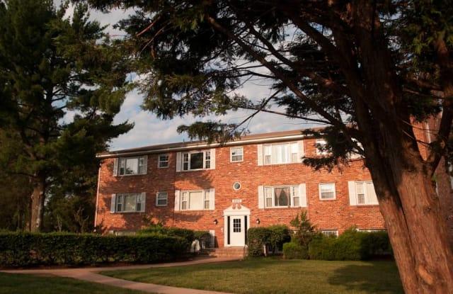 Colonial Village Apartments - 9704 Clark Pl, Manassas, VA 20110