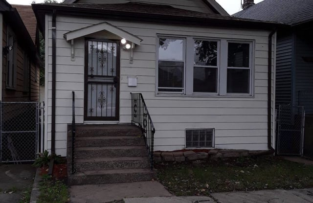 10323 S Ave N - 10323 South Avenue N, Chicago, IL 60617