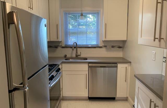 Riverview Terrace - 72 Rivervale Ct, Union County, NJ 07076