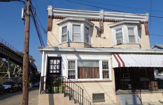 309 W 4TH STREET - 309 West 4th Street, Bridgeport, PA 19405