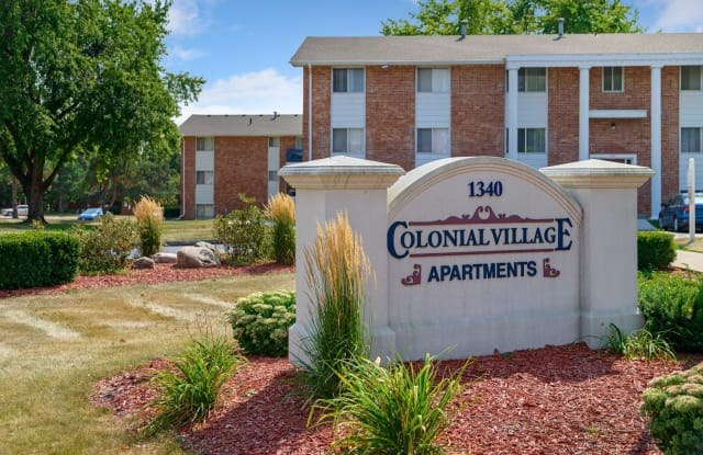 Colonial Village - 1340 42nd St, West Des Moines, IA 50266