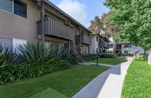 Meadowood Place Apartment Homes - 11250 Dale St, Garden Grove, CA 92841