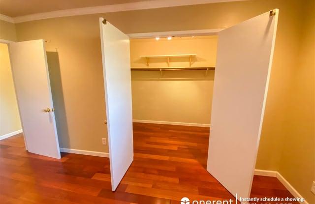460 Lassen St Unit 9 - 460 Lassen Street, Los Altos, CA 94022