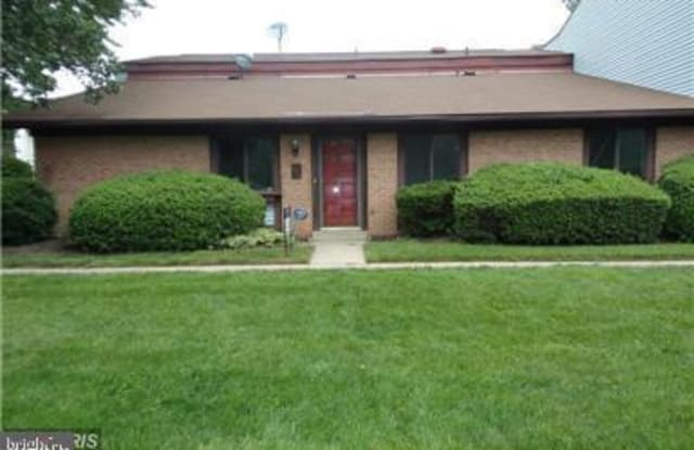 2576 MERRYWOOD COURT - 2576 Merrywood Court, Lake Ridge, VA 22192