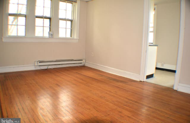 504 W COULTER STREET - 504 West Coulter Street, Philadelphia, PA 19144