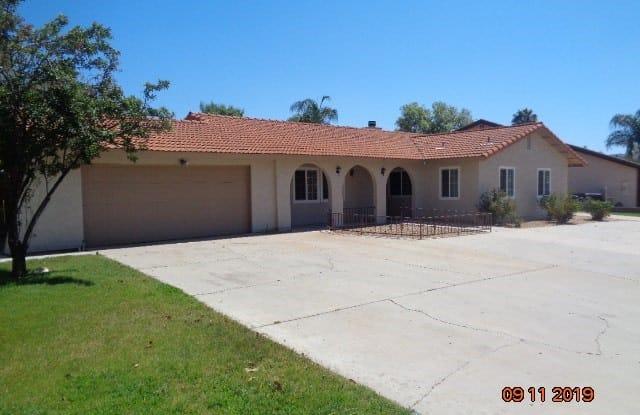 30130 Cove View Street - 30130 Cove View Street, Canyon Lake, CA 92587