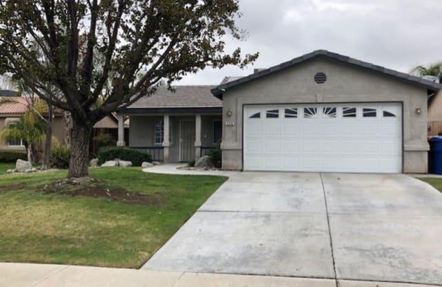 330 Tanner Micheal - 330 Tanner Michael Drive, Oildale, CA 93308